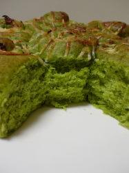小松菜パンの断面