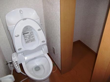 トイレと収納