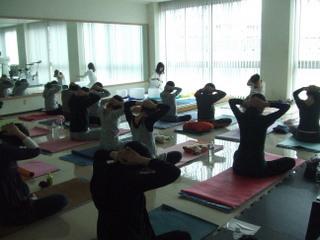 yoga-crybow_1.jpg