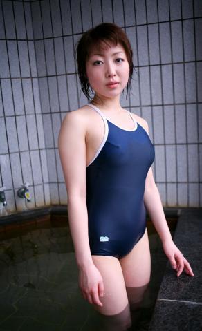 hitomi_kanzaki_idl139.jpg