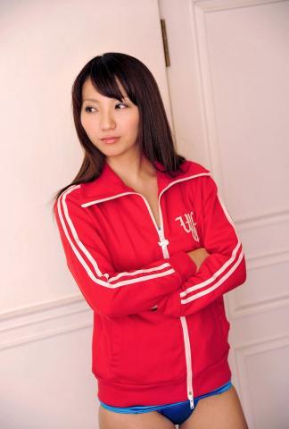 kanon_suzuki_dgc1008.jpg