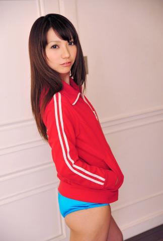 kanon_suzuki_dgc1009.jpg