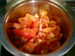 トマトを中火にかける