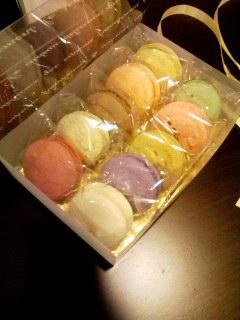 macaron5apr2012.jpg