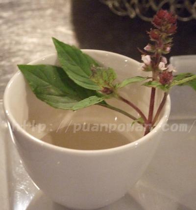 ホーリーバジルの花
