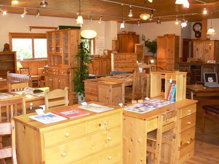家具がいっぱい