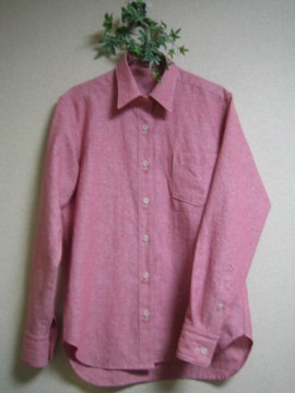 メンズレッドシャツ