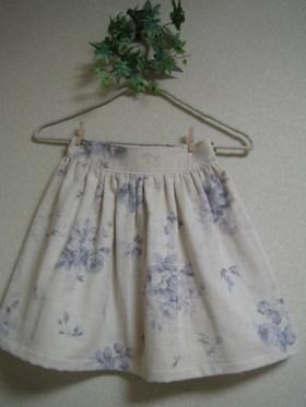 ブルーローズスカート