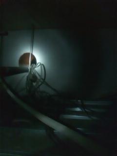 天井裏E02