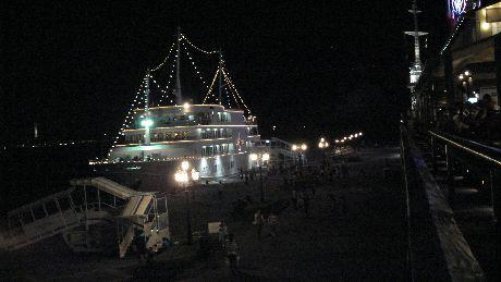 港町神戸ハーバーランドの夜景