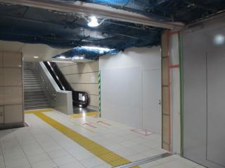 新設工事中の出入口はA2出入口の途中に接続する。