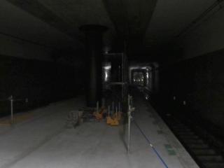 南流山駅のつくば寄りでも同様に工事が進む。