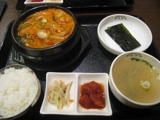 牡蠣とキムチのチゲ鍋セット