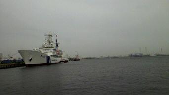 100302船2