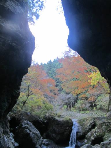 20111126・空16・神戸岩