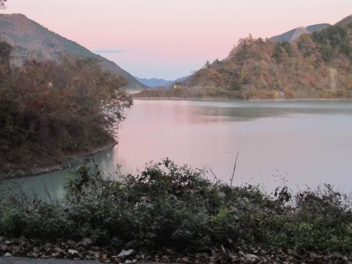 20111126・紅葉12・奥多摩湖