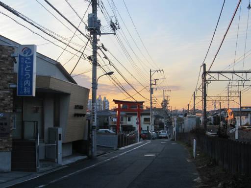 20111218・中野めぐり空18・東伏見鳥居