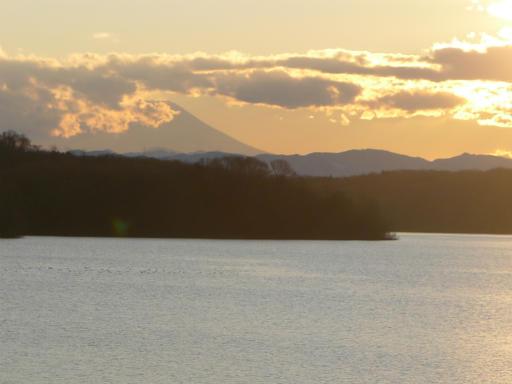 201201125・狭山湖美観02L