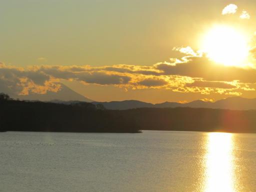 201201125・狭山湖美観02P