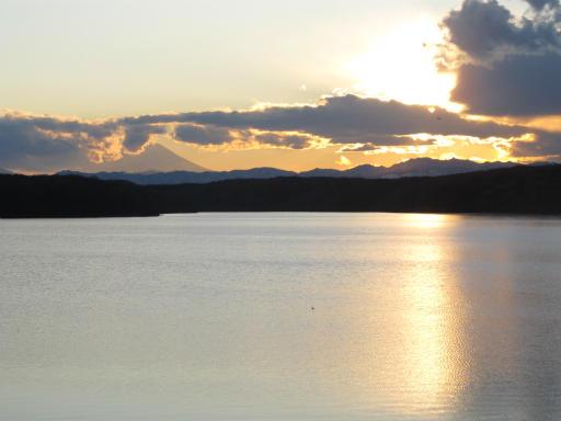 201201125・狭山湖美観05P