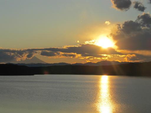 201201125・狭山湖美観04P