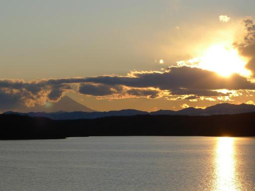 201201125・狭山湖美観04L