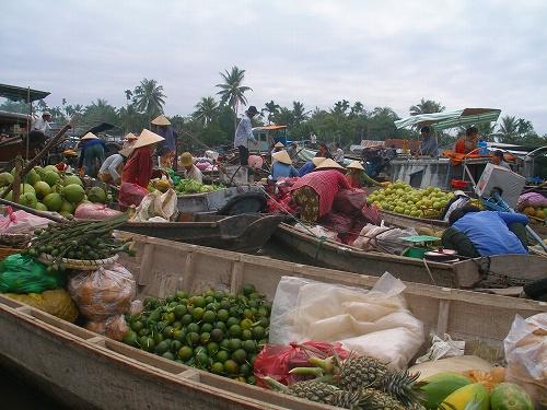 07121127フォンディエンマーケット7 市場の風景