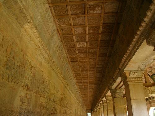 07121260第一回廊の天井