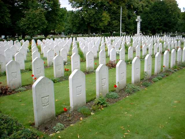Newark pol grave s 3