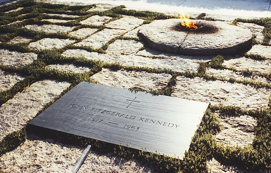JFK_grave.jpg