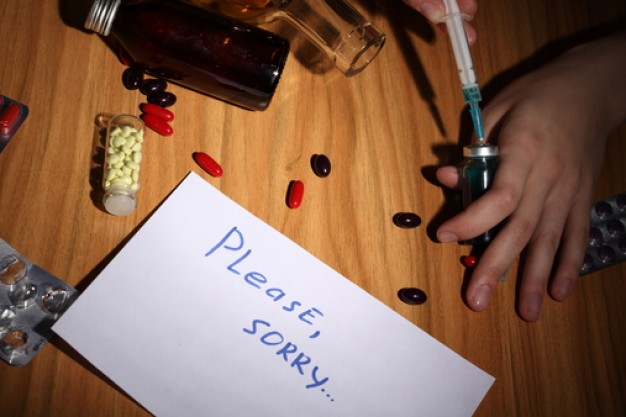 drug-addicts-dose-addiction-narcomaniac_3313944.jpg