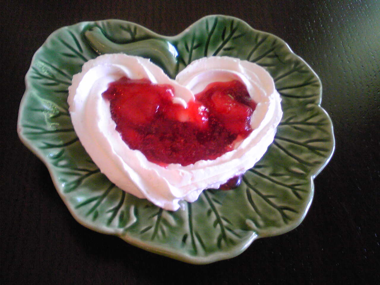 heart shape cream