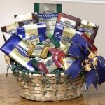 3974-ghirardelli-chocolate-lovers-gift-basket_280x280.jpg