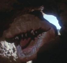 ティクラのブログ-襲い掛かるアロサウルス