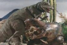 ティクラのブログ-ティラノサウルスとイグアノドン