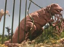 2~2.5次元空間探訪日記-柵を破るティラノサウルス
