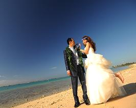 結婚式でなければとれないポーズですよねぇー
