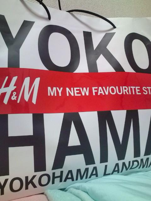 H&Mの紙袋です