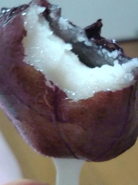 水戸の梅は白餡です