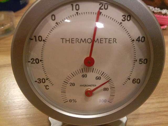 1階湿度計