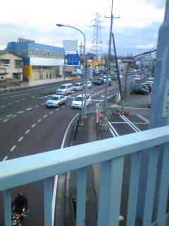 歩道橋 上