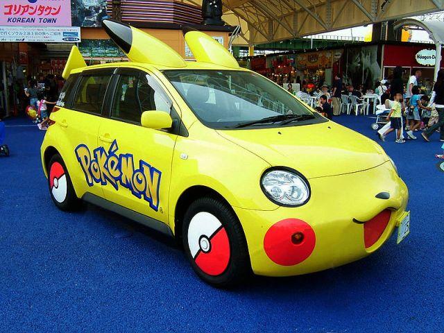 800px-TOYOTA_ist_Pikachu_Car_20090816203947.jpg