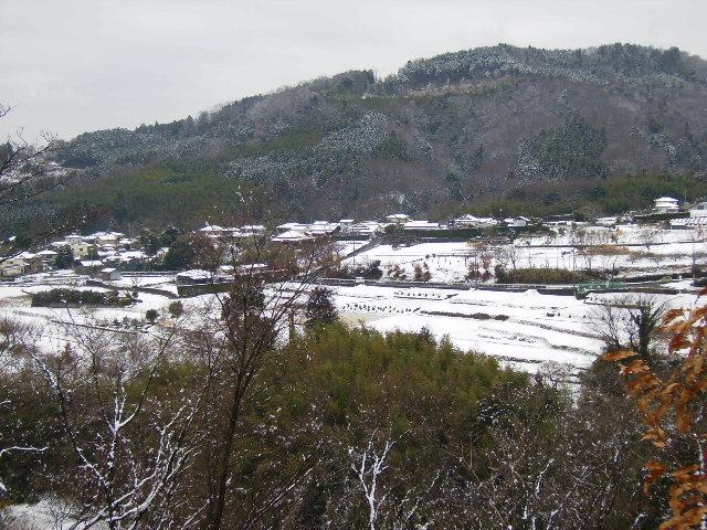 雪の三廻部を望む114