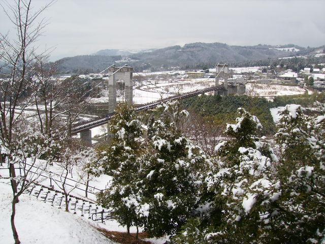 雪のつりはし76