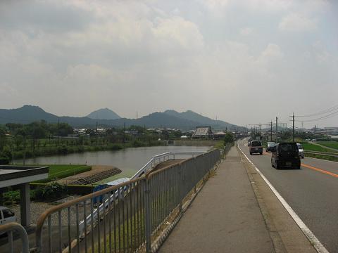 国道8号と東池