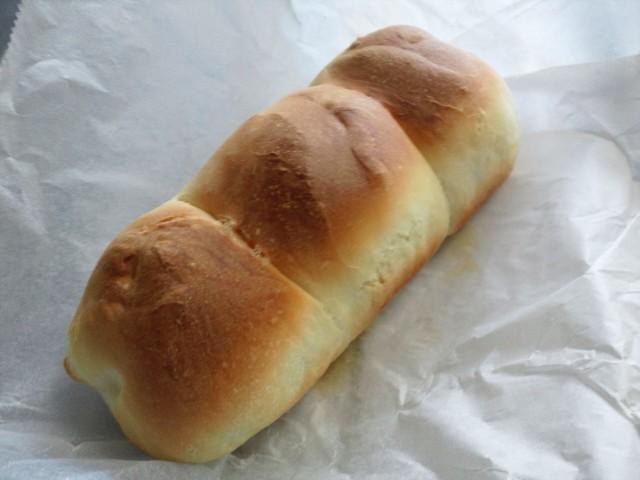 パウンドケーキ型でパン