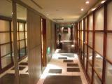 個室への道