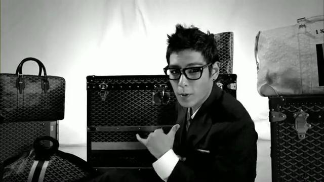 MV Full HD l T.O.P - Turn It Up「K-Pop June 2010」.flv_000112745