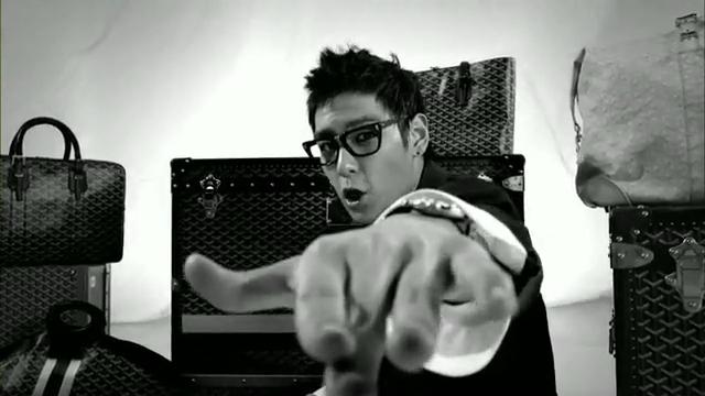 MV Full HD l T.O.P - Turn It Up「K-Pop June 2010」.flv_000114751