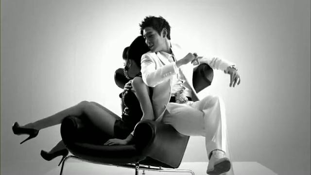 MV Full HD l T.O.P - Turn It Up「K-Pop June 2010」.flv_000124511